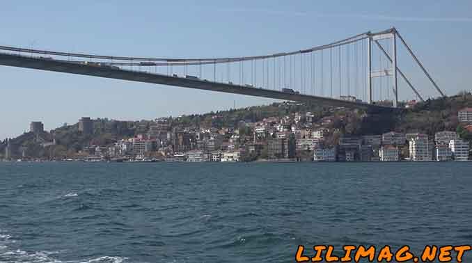 بهترین مکان های استانبول از دید گردشگران، تنگه بسفراستانبول (Bosphorus)