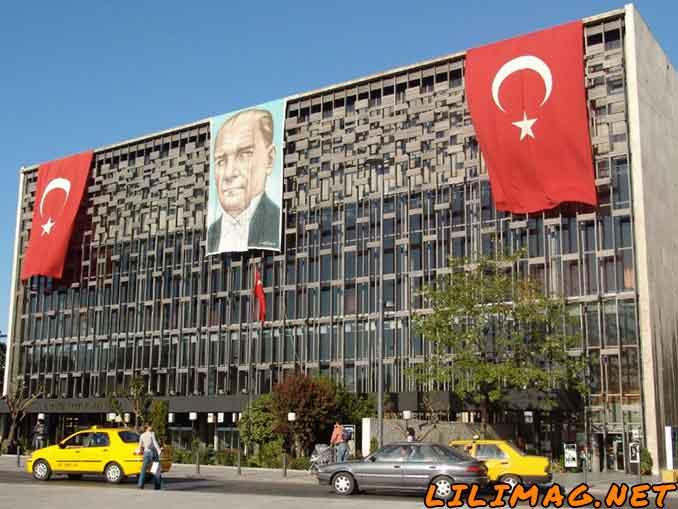 مرکز فرهنگی آتاتورک (Atatürk Cultural Center)؛ قلب فرهنگی استانبول در میدان تقسیم